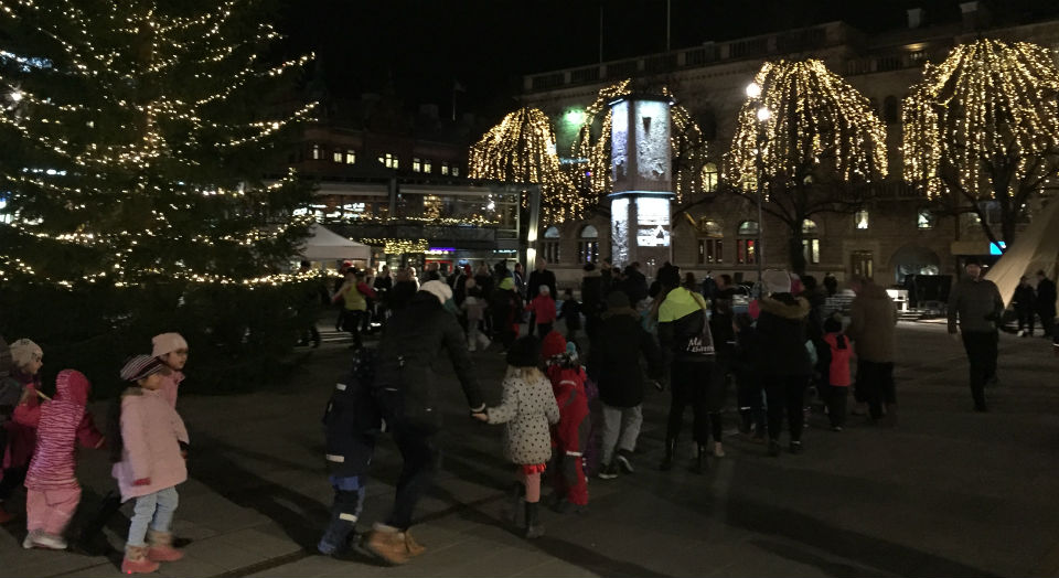 Julgranständning på Stortorget NU på Fredag!